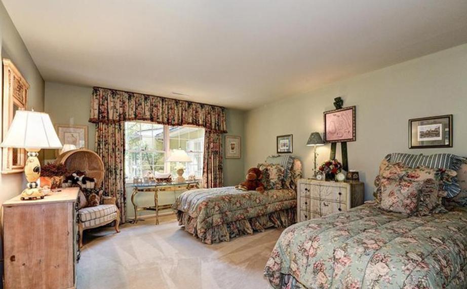 Ένα από τα υπνοδωμάτια της εξοχικής κατοικίας των Κένεντι σήμερα.