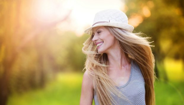 10 Απίστευτα Tips για να Δείχνετε Υπέροχη Χωρίς Καθόλου Μακιγιάζ
