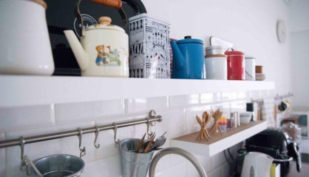 Μικρή Κουζίνα: Έξυπνες Λύσεις για να Κερδίσετε Χώρο