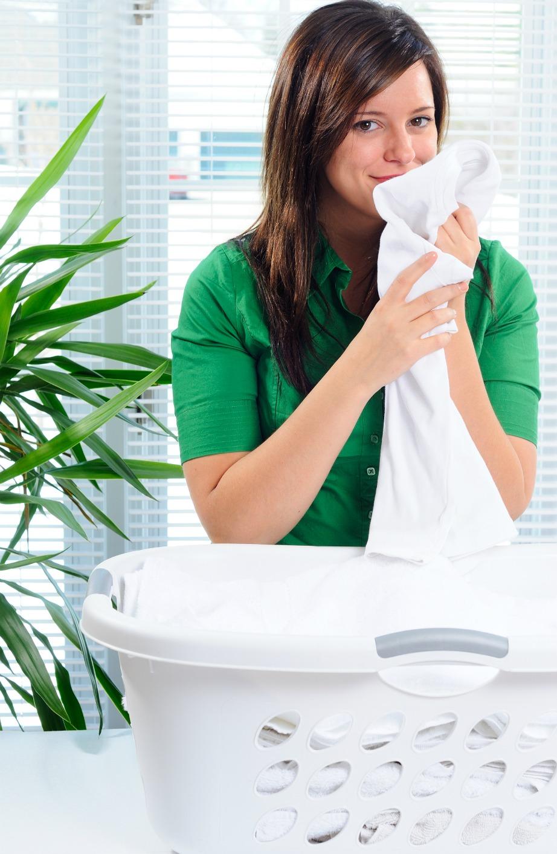 Η μαγειρική σόδα κάνει θαύματα στο πλύσιμο των ρούχων και διώχνει όλες τις δυσάρεστες μυρωδιές.
