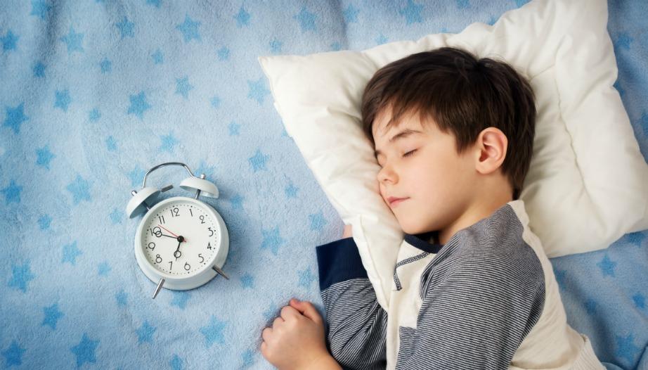 Καλό είναι το παιδί σας να κοιμάται την ίδια ώρα κάθε βράδυ έτσι ώστε να έχει ένα πρόγραμμα.
