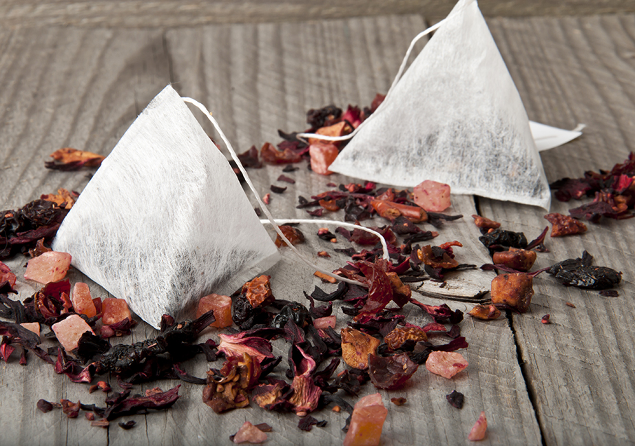 Διαλέξτε το αγαπημένο σας αρωματικό τσάι και αφού πρώτα το γευτείτε κρατήστε το φακελάκι για την ντουλάπα των ρούχων σας.