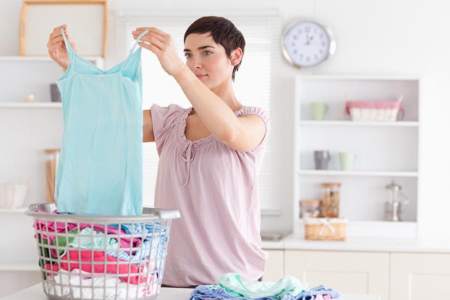 Ορίστε συγκεκριμένες ημέρες για το πλύσιμο των ρούχων και μην τα φορτώνεται όλα σε μια ημέρα.