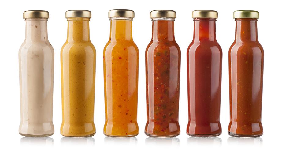 Ομαδοποιήστε τα μπαχαρικά, τις σος και τις μαρμελάδες μέσα στο ψυγείο σύμφωνα με τη χρήση τους.
