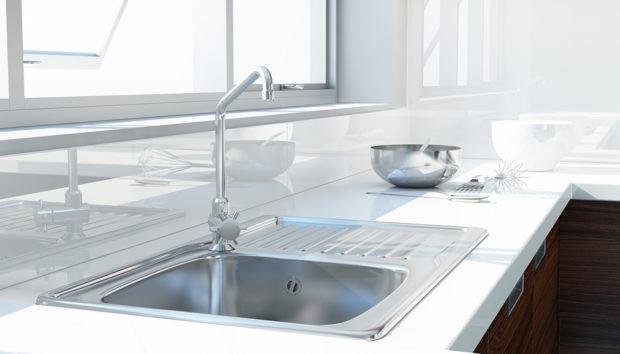 Έτσι θα Καθαρίσετε τις Ιnox Επιφάνειες με τα πιο Απλά Υλικά
