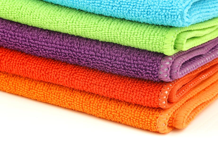 Τα πανιά με μικροΐνες είναι ιδανικά για τον καθαρισμό καθώς δεν χαράζουν και δεν αφήνουν πίσω τους χνούδια.