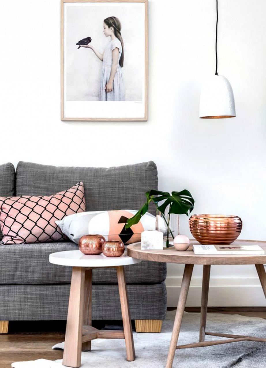Βάλτε στο σπίτι σας πιο ανοιχτές αποχρώσεις ξύλου για ένα πιο μίνιμαλ και κομψό αποτέλεσμα.