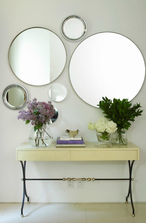 Η διακόσμηση με καθρέφτες είναι μια ακόμα διακοσμητική τεχνική που μας αρέσει πολύ.