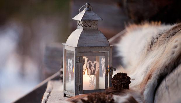 Χειμερινή Διακόσμηση Βεράντας: Κάντε την ένα Μικρό Αριστούργημα