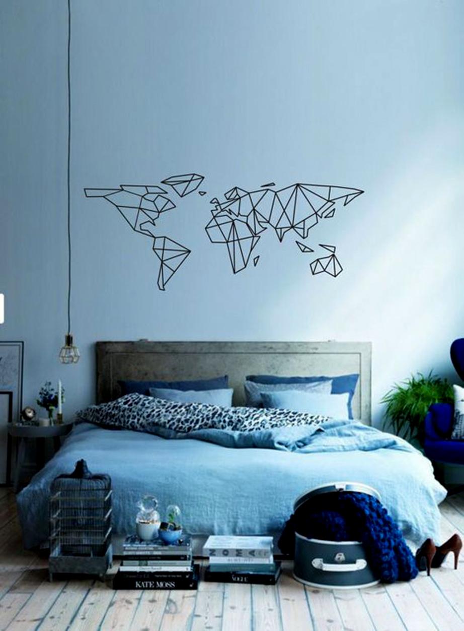 Στο υπνοδωμάτιο ή ακόμη και σε χώρους όπου ο όγκος πρέπει να αποφεύγεται η δημιουργία του παγκόσμιου χάρτη με διακοσμητικές ταινίες ενδείκνυται.