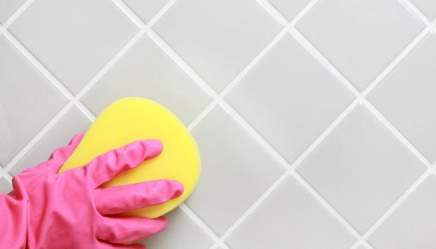Πόσο Συχνά και πώς Πρέπει να Καθαρίζετε τα Πλακάκια στο Μπάνιο και την Κουζίνα;
