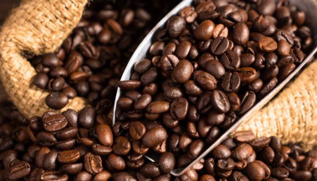 Απίστευτες Χρήσεις για τους Κόκκους του Καφέ που δεν Είχατε Φανταστεί!