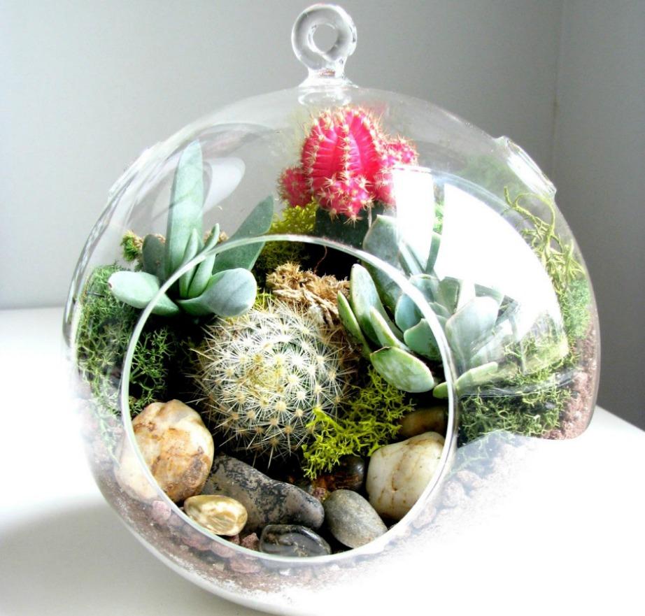Οι γυάλες με λουλούδια και φυτά θα προσθέσουν ζωντάνια στον χώρο σας.