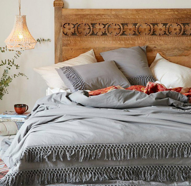 Τα boho σκεπάσματα δίνουν χαρακτήρα και στιλ στο υπνοδωμάτιο.