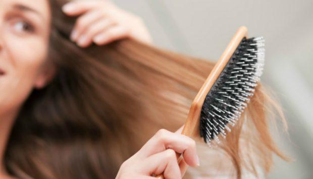 Το Μεγαλύτερο Λάθος που Κάνετε Όταν Χτενίζετε τα Μαλλιά σας
