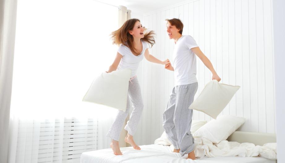 Για να μπορείτε να χοροπηδάτε στο κρεβάτι σας χωρίς να ενοχλείτε τους γείτονες.