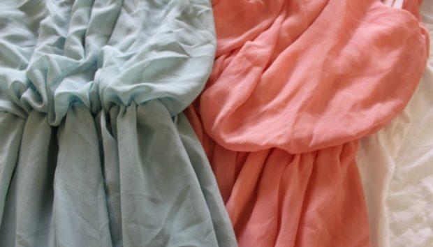 5 Τρόποι για να «Σιδερώσετε» τα Ρούχα (Χωρίς Σίδερο)