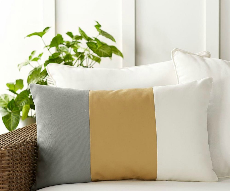 Τα color blocks σχέδια είναι φέτος must στα μαξιλαράκια.
