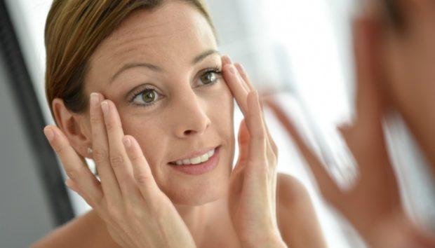 Φτιάξτε το Δικό σας Λάδι Ματιών που Καταπολεμά τις Ρυτίδες