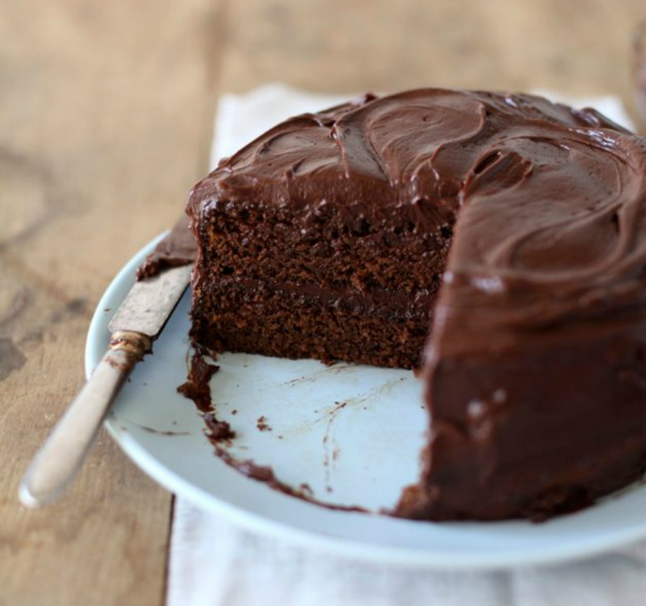 thehomeissue_cake