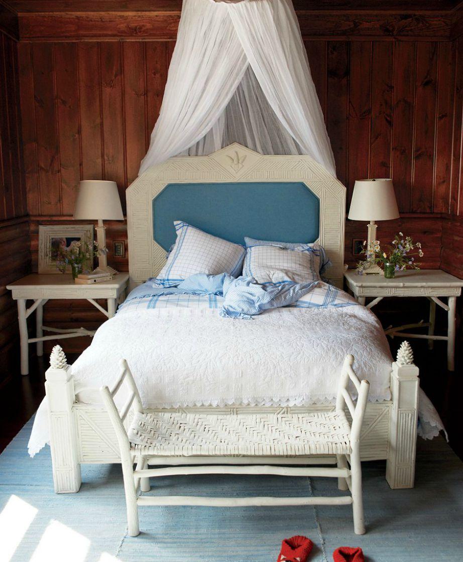 Το υπνοδωμάτιο της μικρής κόρης της Crawford είναι απλό με το λευκό να κυριαρχεί στο χώρο.
