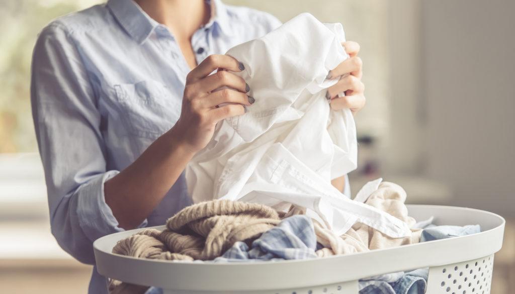 7f1c82a0600 Τι να κάνω για να μην μυρίζουν μούχλα τα ρούχα μου μετά το πλύσιμο ...