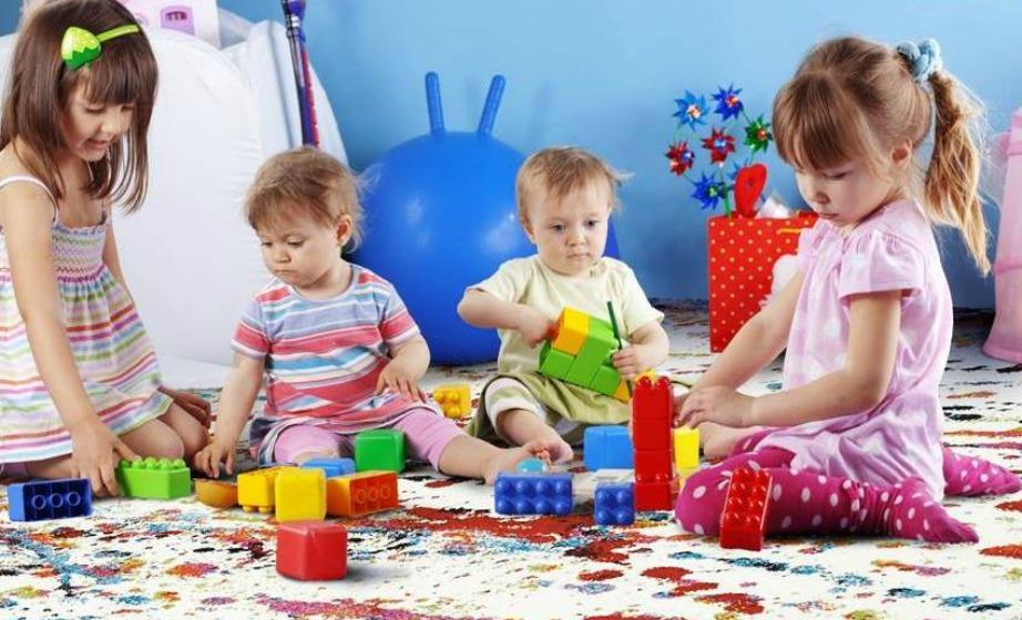 Τα χαλιά της Colore Colori είναι ιδανικά για παιδικό και βρεφικό δωμάτιο καθώς δεν λεκιάζουν και είναι αντιαλλεργικά.