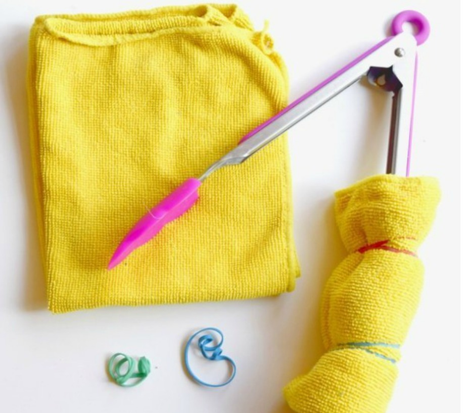 Καθαρίστε τις περσίδες χρησιμοποιώντας πανάκια και μια λαβίδα ή έναν διαβήτη.
