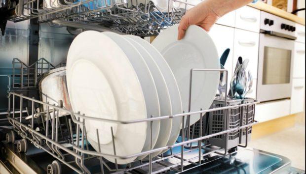 Πλυντήριο πιάτων: 8 Tips για Μέγιστη Αποτελεσματικότητα