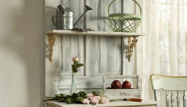 Δείτε πώς 6 Αδιάφορες Παλιές Πόρτες Μετατράπηκαν στα πιο Όμορφα Διακοσμητικά Στοιχεία του Σπιτιού