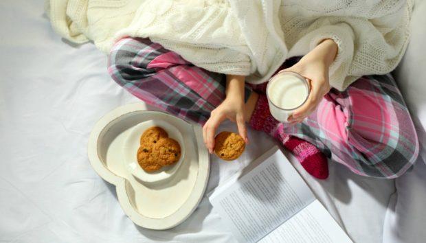 Αδυνατίζουμε ή Όχι Όταν Τρώμε Μετά τις 8 το Βράδυ;