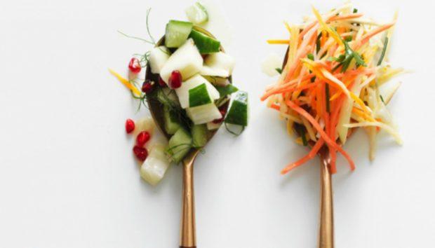 Να Γιατί δεν Πρέπει να Πλένετε τις Έτοιμες Σαλάτες σε Σακουλάκι