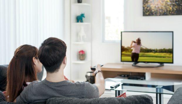 5 Λόγοι για να Προτιμήσετε ΑΥΤΗ τη Συσκευή Αντί για Τηλεόραση