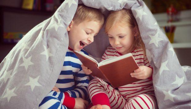 Δυο Παιδιά σε Ένα Υπνοδωμάτιο: Οργανώστε το Τέλεια με Αυτές τις Συμβουλές