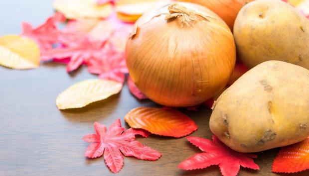 8 Έξυπνοι Τρόποι για να Αποθηκεύσετε τις Πατάτες, τα Σκόρδα και τα Κρεμμύδια