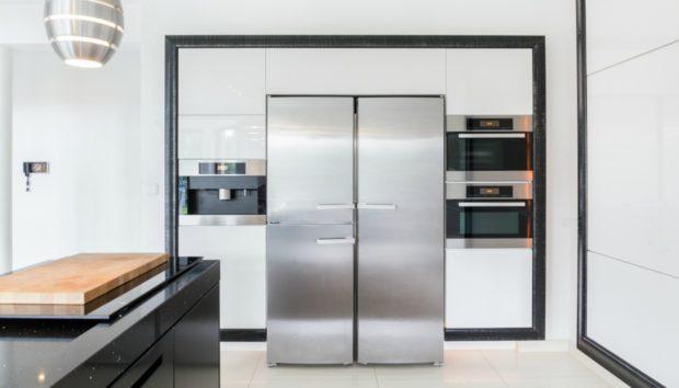 «Πώς μπορώ να κάνω το ψυγείο μου να λάμψει με οικολογικό τρόπο;»