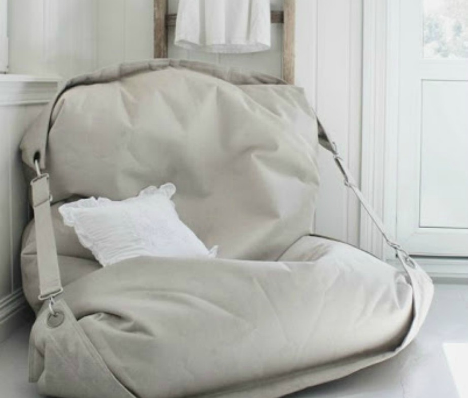 thehomeissue_pouf10