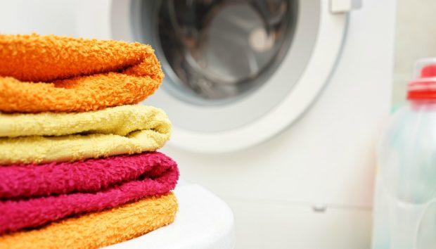 Δείτε Γιατί Πρέπει να Καθαρίσετε Άμεσα το Λάστιχο του Πλυντηρίου Ρούχων!