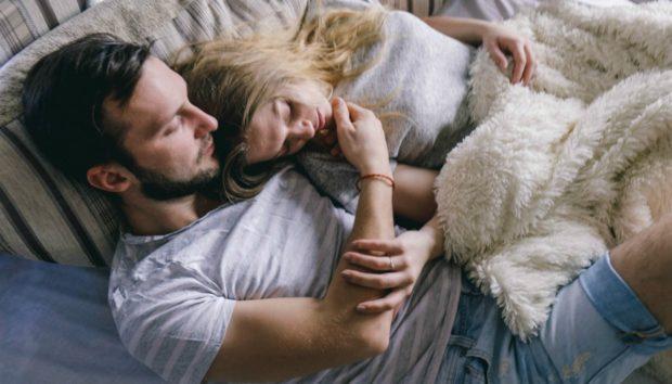 Συγκατοίκηση Issue: Τι γίνεται αν Πρέπει να Συγκατοικήσετε με τον Σύντροφό σας σε Πολύ Μικρό Διαμέρισμα;