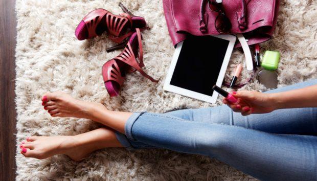 8 Αντικείμενα που Κάθε Μοντέρνα Γυναίκα Έχει στο Σπίτι της