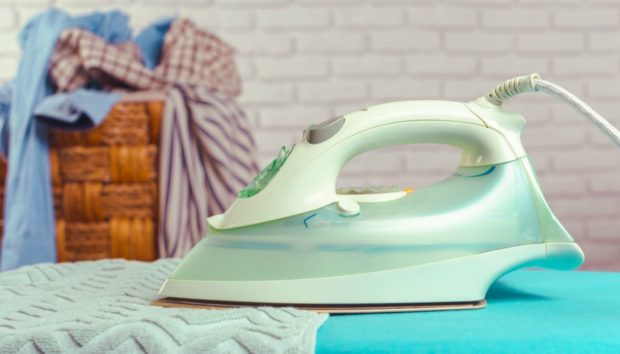 Αυτά τα Tips θα Κάνουν το Σιδέρωμα την πιο Ξεκούραστη Οικιακή Δουλειά