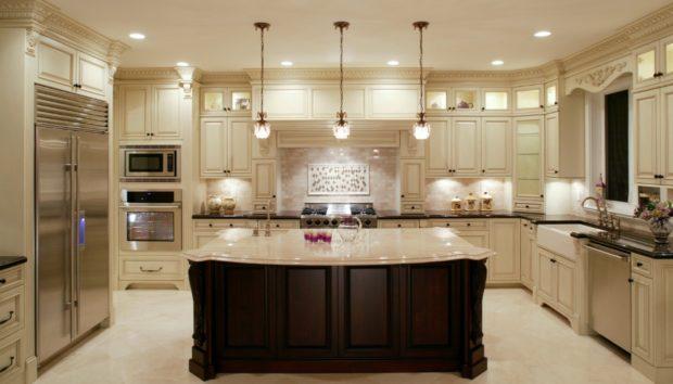 Έτσι θα Κάνετε την Κουζίνα σας να Δείχνει πιο Ακριβή!