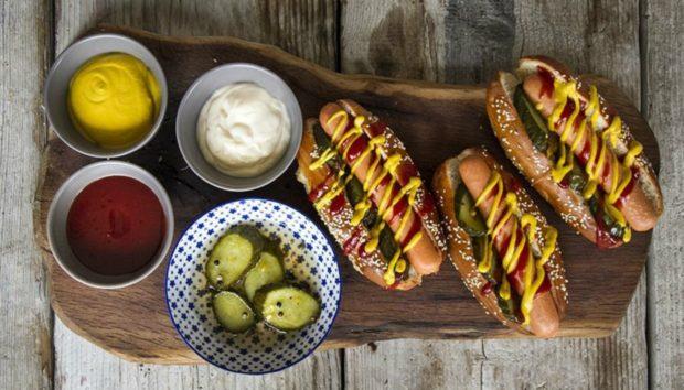Κυριακάτικα Hot Dogs Εύκολα και Γρήγορα