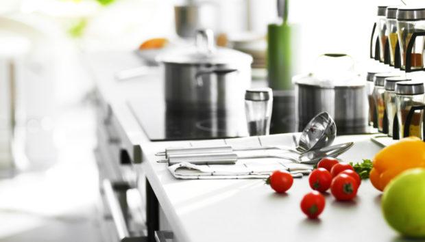 Αυτά Είναι τα12 Σημεία που οι Περισσότεροι Ξεχνάνε να Καθαρίσουν στην Κουζίνα!
