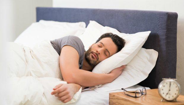 Αν Νομίζετε πως σας Λείπει Ύπνος Κάντε το Τεστ με το Μεταλλικό Κουτάλι και τον Δίσκο