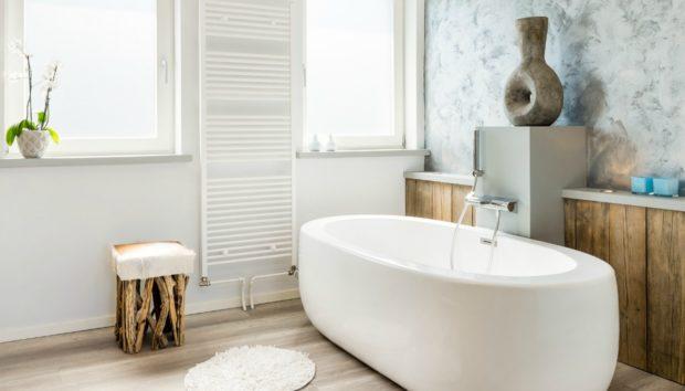 6 Βήματα για Πλήρη Απολύμανση Μπάνιου σε 10 Λεπτά