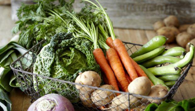 7 Λαχανικά που Μπορείτε να Μεγαλώσετε στο Διαμέρισμά σας