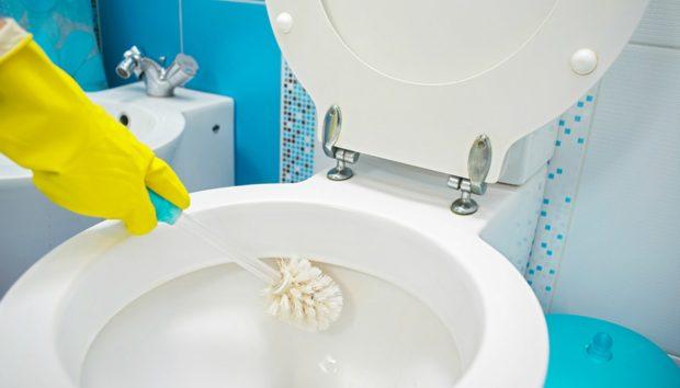 Αποκτήστε τις πιο Καθαρές Σωληνώσεις σε Κουζίνα και Μπάνιο Χωρίς τη Βοήθεια Υδραυλικού!