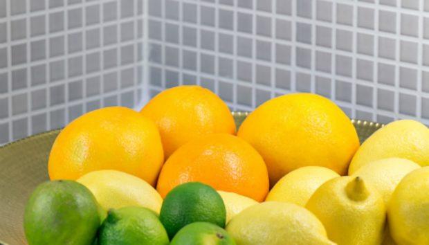 Με ΑΥΤΟ το DIY θα Δώσετε Χρώμα στην Κουζίνα με Φυσικό Τρόπο