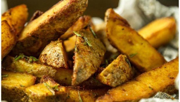 Αυτή η Συνταγή για «Χοντρές» Τηγανητές Πατάτες Έχει Προβληθεί από Χιλιάδες Χρήστες (VIDEO)